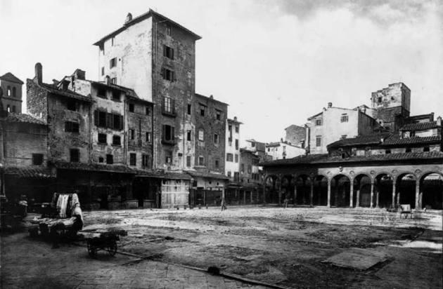 Piazza del Mercato vecchio 14
